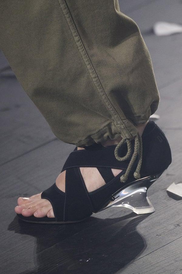 Curvy wedge heels shoe trend