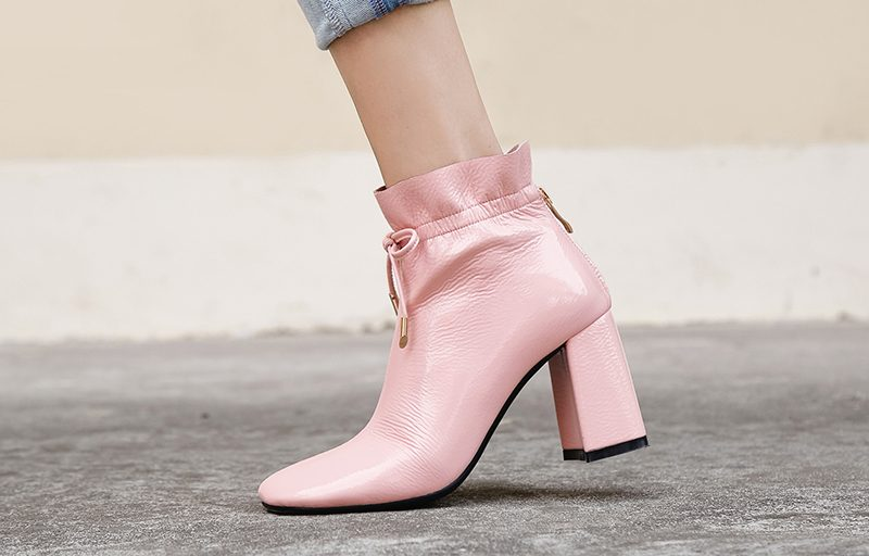 square toe boots trend