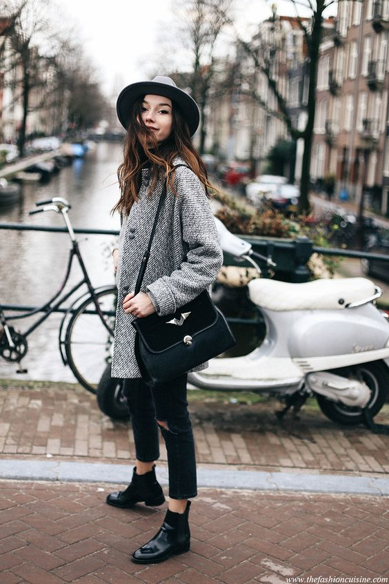Chic Chelsea boots street style