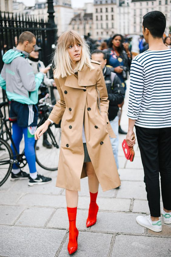Red boots style | Photo: Imaxtree