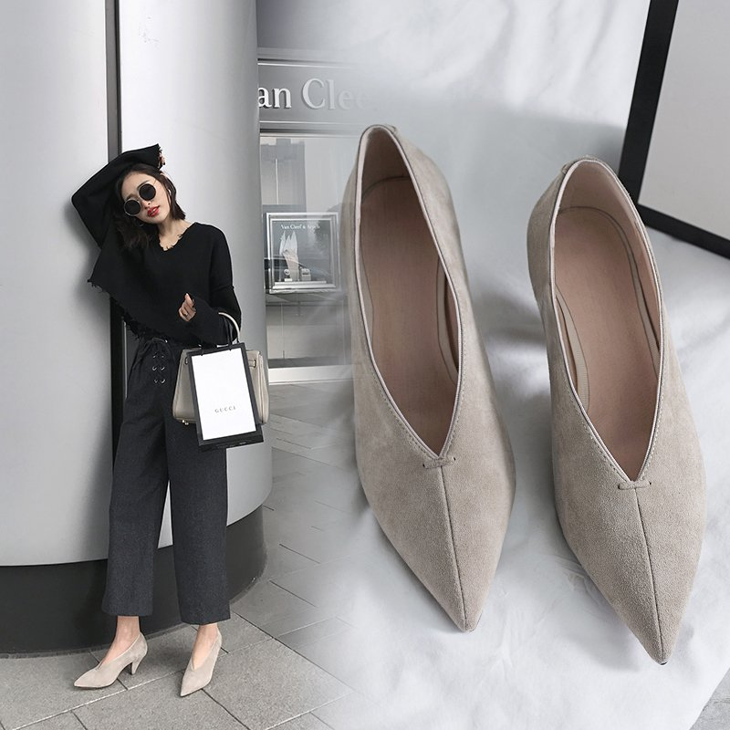 DYKE GLOVE SHOE PUMPS