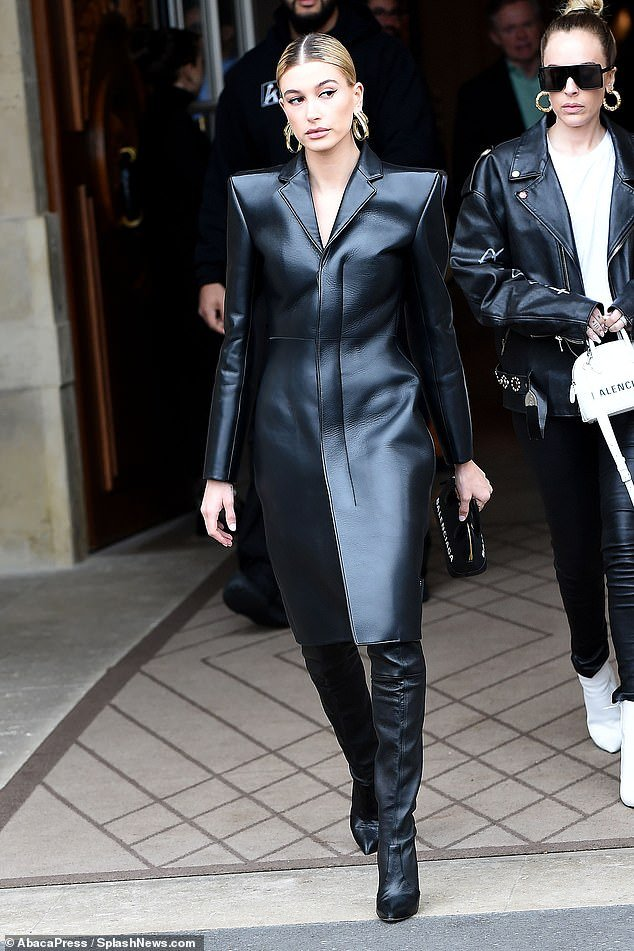 best shoes to wear with leather trench coat