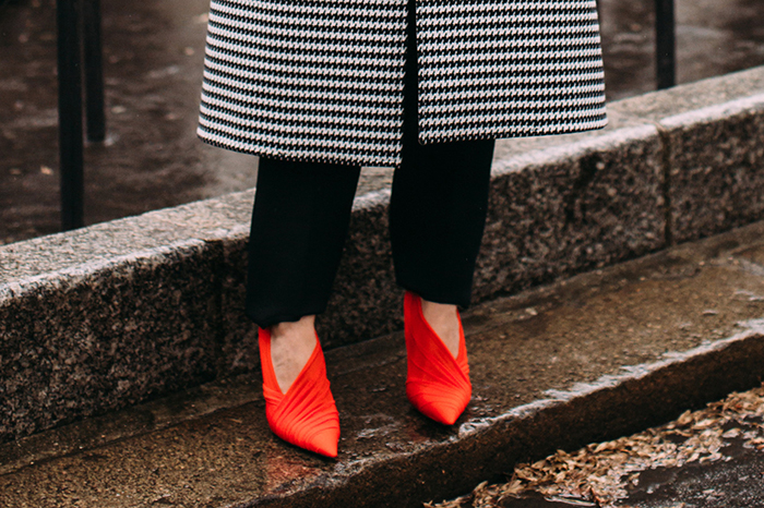 neon-bright-color-shoe-trend