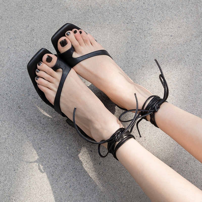 KEMBERLY OPEN TOE BLOCK HEELS SANDALS