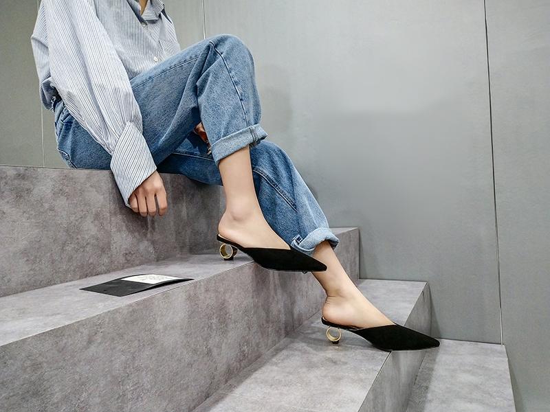 sculptural heel mules shoes