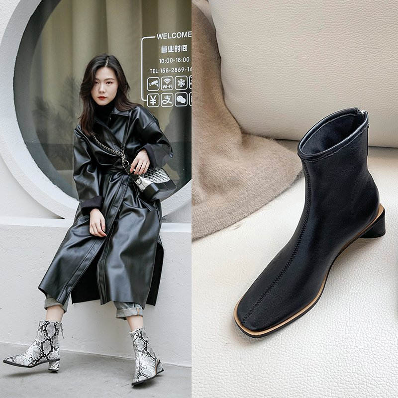 YUDELLE SQUARE TOE BLOCK HEELS BOOTS