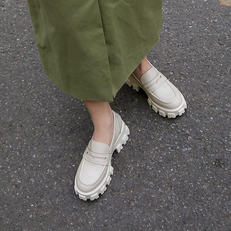 Chiko Alyx Round Toe Block Heels Loafer