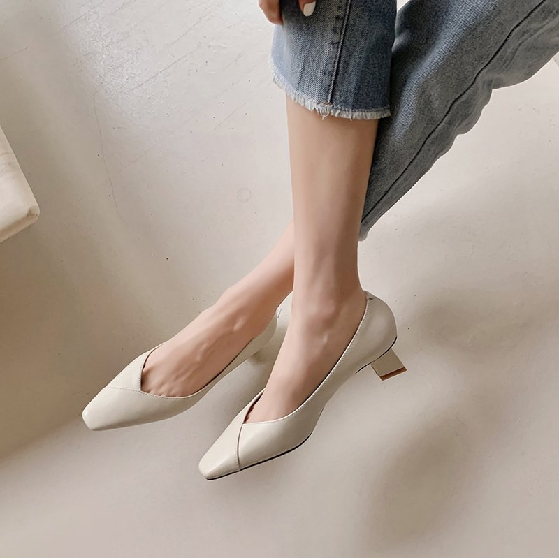 Chiko Tamira Square Toe Block Heels|Kitten Heels Pumps