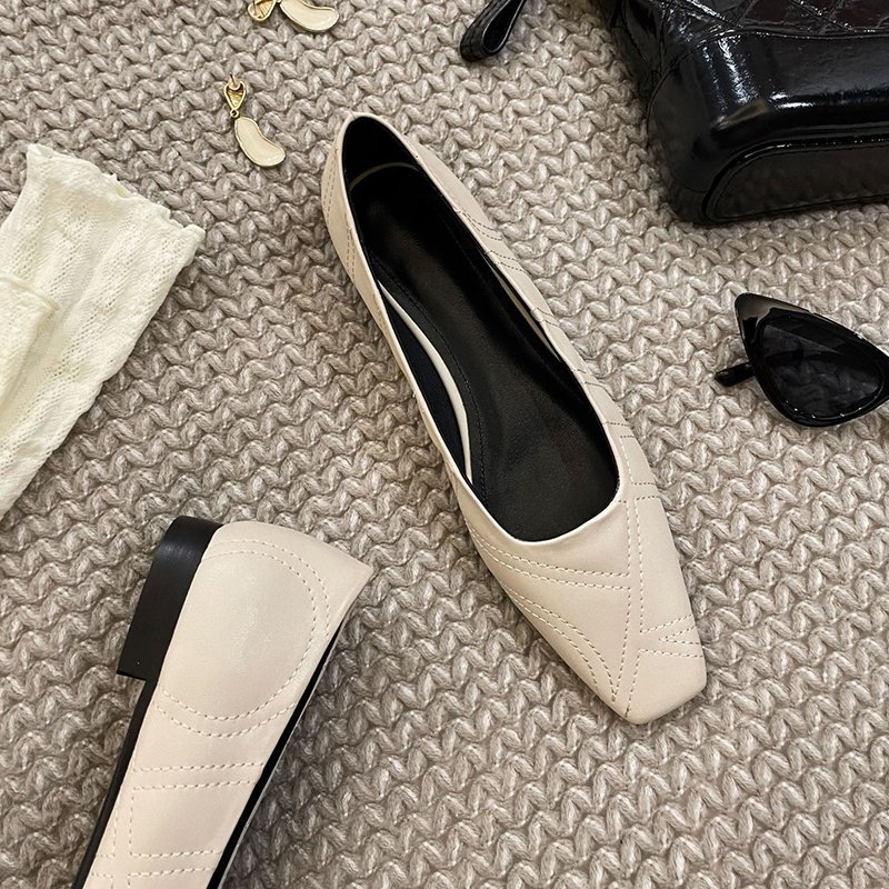 Chiko Shaunya Square Toe Block Heels Pumps