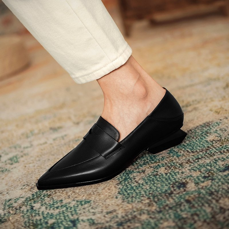 Chiko Lakme Pointed Toe Block Heels Loafer