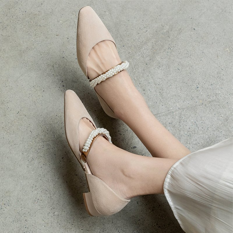 Chiko Klara Square Toe Block Heels Pumps
