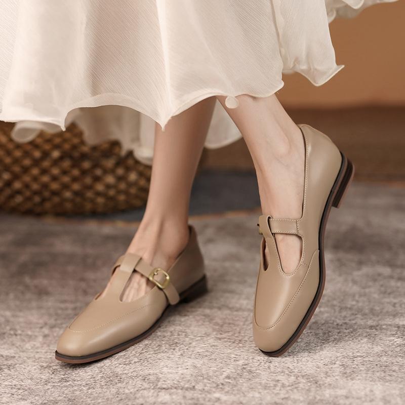 Chiko Capitolina Square Toe Block Heels Pumps