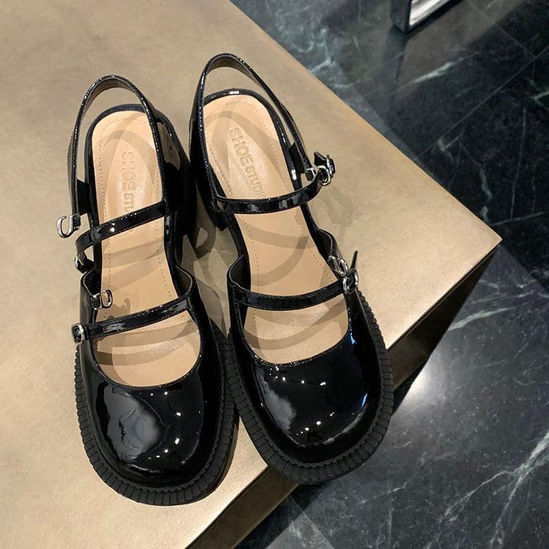Chiko Amilia Round Toe Block Heels Pumps